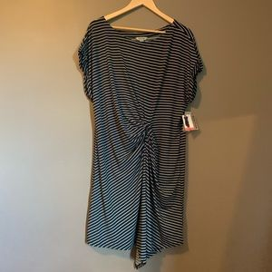 NWT! Kenneth Cole reaction stripped dress